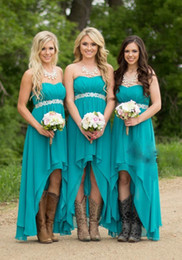 Strapless Chiffon Wedding Dresses Beaded Sash NZ - Country Style Turquoise Bridesmaid Dresses Strapless Chiffon Hi-Lo Maid of Honor Dresses Beaded Belt Cheap Wedding Party Gowns Custom