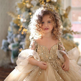 $enCountryForm.capitalKeyWord Australia - 2019 Gold Ball Gown Girls Pageant Dresses Long Sleeves Pearls Lace Applique Princess Tulle Puffy Kids Flower Girls Birthday Gowns