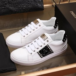 Zapatos hombre mens fashion online shopping - Low Top Studs Mens Shoes High Quality Zapatos de hombre Fashion Sneakers Flats Platforms Comfortable Outdoor Walking Lightweight Shoes