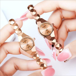 womens watches bracelets Canada - New Style Womens Korean-Style Bracelet Watch TikTok Celebrity Inspired Fashion Goddess Watch Waterproof Steel Belt Quartz Watch