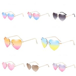 women sport cloth UK - Summer Brand New High Quality Man Cycling Sunglass Beach Heart-Shaped Sunglasee Women Classic Fashion Sport Glasses+Case Box Cloth Free Shipp