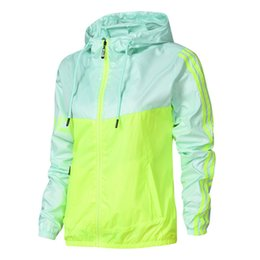 Jacke Sportbekleidung Online Großhandel Vertriebspartner