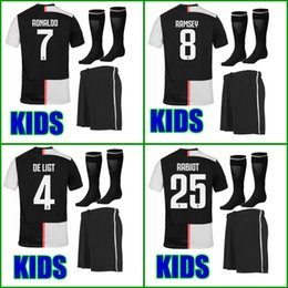 top quality youth soccer jerseys Canada - Top Thailand quality 19 20 Kids soccer jersey kids kit sets 2019 2020 boys youth children soccer uniform