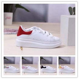 new design boy kids shoe Australia - New Design Girl Boys Classic Youth Stan Smith Superstar Kids Child Baby Children Shoes Casual Sport Size 24-35