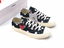 $enCountryForm.capitalKeyWord Australia - 03 2019 New Play All Stars shoe 1970S CDG Canvas Jointly Big With Eyes Hearts Brand Beige Black designer casual running Skateboard Sneakers