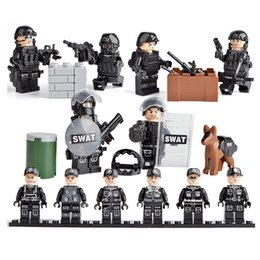 $enCountryForm.capitalKeyWord Australia - New Arrival 6 pcs Lot Military Special Forces Tactics Assault Policeman COD SWAT Figure with Weapons Building Block Bricks Toy for Children