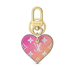 $enCountryForm.capitalKeyWord Australia - Gradient M67435 Love Lock Heart New Holders More Leather Bracelets Chromatic Bag Charm And Key Holder Scarves Belts