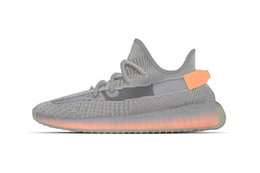 Shoe ShopS online shopping - 2019 mens V2 Low Sports Running shoes Discount Cheap Shoes Hot Selling Running Shoe Static Butter Butter online shopping Training Sneaker