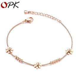 fresh white rose flowers Australia - Fashion Accessories Alloy-plated 18K Rose Gold Small Fresh Daisy Bracelet