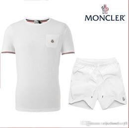 Design dos homens Fatos de Treino Sportswear Ternos de Jogging de Manga Curta Camiseta e Shorts Primavera Verão Casual Unisex Marcas Sportswear Set em Promoção