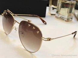 $enCountryForm.capitalKeyWord Australia - GV7057 Luxury Sunglasses Fashion Women Brand Designer Retro Style GV 7057 With Stars UV Protection CR-39 Lens Full Frame Free Come With Case