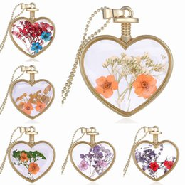Flower Gift For Love Australia - Top Quality Charm Gold Heart Shaped Glass Flower Necklace Natural Lace Flower Pendant Necklace Gift For Women