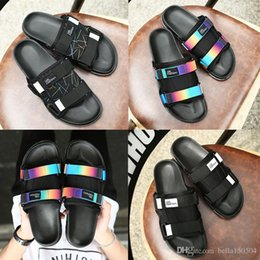 $enCountryForm.capitalKeyWord Australia - Designer Brand Slippers Women men European style sandal flats Shoes Flat Sandals Casual shoes Color matching Platform shoes flip flops