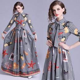 $enCountryForm.capitalKeyWord Australia - 2019 Women Classic Letter Print Pleated Shirt Maxi Dresses fashion Ladies Casual Lapel Neck Long Sleeve Button A-line Robe Designer Dresses