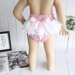toddler ruffle bloomers Canada - Cotton Toddler Baby Girls Shorts Lace Floral Ruffle Bloomers Headband 2Pcs New Vintage Prints Newborn Washable Diapers Cover