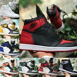 Com Caixa de 2019 Nova Alta OG Mid Mens 1 Sapatos de Basquete Jogo Real Proibida Sombra Produzido Vermelho Azul Branco Toe Sapato Barato Mulheres 1 s Chicago Sneakers venda por atacado