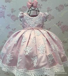 $enCountryForm.capitalKeyWord Australia - 2019 Lovely Pink Little Flower Girls Dresses Lace 3D Hand Made Flowers Sleeveless Chapel Train with Big Bowk Peagent Dresses