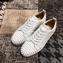 Designer Sneakers low cut Spikes Flats shoes Fondo rosso per uomo e donna Sneakers in pelle Party Designer scarpe mx889605 in Offerta