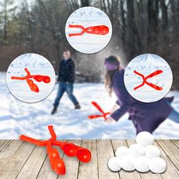 Kar Topu İçin İki topları ile Kartopu Maker Oyuncak Açık Kış Kar Oyuncaklar Snowballs Çabuk olun Eğlenceli Kış Etkinlikleri Mücadele Ediyor