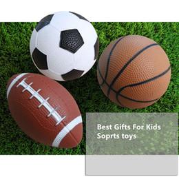 Großhandel 14,5 CM Durchmesser Aufblasbare Fußball Basketball American Football Spielzeug Vorschule Requisiten Kinder Sport Fähigkeit Training Aufblasbare Ball Spielzeug