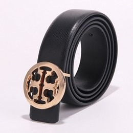 China 2019 women fashion crocodile designer good brand belts Smooth Buckle Belt Men High Quality male Tide Leather Belts For Men fashion cheap leather belt for boys suppliers