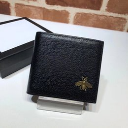 $enCountryForm.capitalKeyWord Australia - New 2018 Famous fashion brand men's short leather purse decorated with chic metal bee detail purse