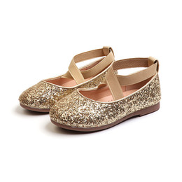 Mumoresip Princesse Paillettes En Cuir Filles Chaussures Doux Confortable Brillant Sequined Enfants Chaussures Princesse Spectacle Performance Appartements 26-35 Y19051303