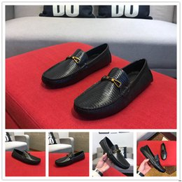 $enCountryForm.capitalKeyWord NZ - 18m 2019 Italy High Quality Top Leather Designer Men Shoes Mens Leather Shoes Party Wedding Black Blue Men's Size 38-45 With Box