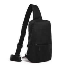 Earphone Zipper Yellow Australia - Usb Charging Men Messenger Bags Oxford Waterproof Men Chest Bags External Earphone Plug Males Shoulder Bag Fashion Males Bag New