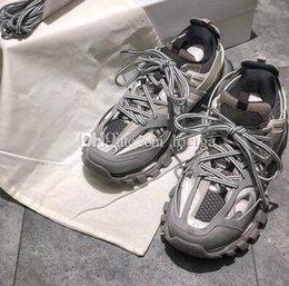 Großhandel Billig Verkauf Triple S 3,0 Tess S Paris Track Männer Gomma Maille Schwarz Für Frauen Clunky Sneaker Freizeitschuhe Heißer Authentic Designer Schuhe