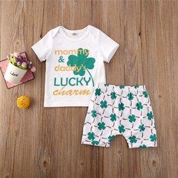 0-24M Yenidoğan Çocuk Erkek Bebek Giyim Yaz Kısa Kollu Tişört Kısa Pantolon 2pcs Kıyafet Seti Sevimli Düz eşofman Tops set
