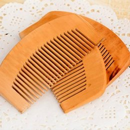 $enCountryForm.capitalKeyWord Australia - Convenient To Carry Natural Close Tooth peach Wood Comb Anti-static Head Massage Hair Care Wooden