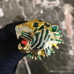 suits brooch designs UK - New Arrival Tiger Head Luxury Brooch with Stamp Women Animal Rhinestone Fashion Modern Design Brooch Suit Lapel Pin Top Quality