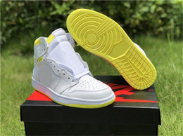 Discount sneakers bar - 2019 With Box 1 First Class Flight Basketball Shoes Trainers Designer 1s White Yellow Bar Code Women Sneakers Baskets de