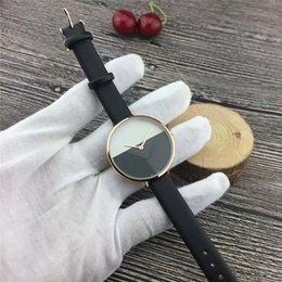 Wholesale 2019 Hot Sale Fashion lady watches Thin dial man leather watch black women Bracelet Wristwatches Brand female clock with box