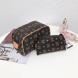 $enCountryForm.capitalKeyWord Australia - handbag Lady bags package Printing Wash Rinse Large Capacity Old Flower Makeup Package Double Zipper Mother Package Pillow