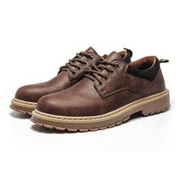 c9f121403ed Los hombres de cuero ocasional ata para arriba el estilo británico trabajo al  aire libre Oxford zapatos planos clásicos moda transpirable cómodo botas de  ...