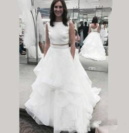 T Back Modern Wedding Dress UK - Beach Bridal Gowns Fitted Boho Wedding White Two Piece Wedding Dresses Boat Neck Ruffles Tassel Organza Low V Back Summer Train Bridal Dress