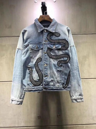 Wholesale 2019 NEW fashion Denim Jacket Mens Jackets Blue embroidered snake jean jacket Ripped Denim s Streetwear Spring jacket