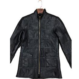 93c8393e6 Abrigo de piel de abrigo de algodón a cuadros de piel de oveja de piel de  oveja de invierno para hombre chaqueta de cuero gruesa piel cálida