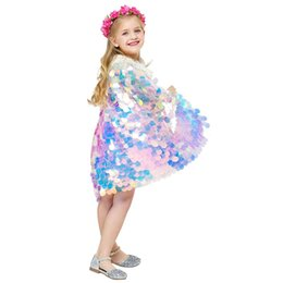 glitter clothes UK - Mermaid Sequin Cape Cosplay Baby Kids Girls Glittering Princess Cloak With Beads Children Halloween Party Costume Clothing Supplies XD20259