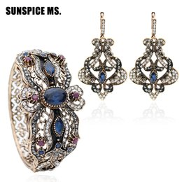$enCountryForm.capitalKeyWord Australia - Vintage Turkish Women Flower Love Bangle Cuff Long Hook Dangle Earrings Antique Gold Color India Resin Wedding Jewelry Sets Gift