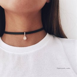 $enCountryForm.capitalKeyWord Australia - Classic Water Drop Crystal Rhinestone Leather Pendant Clavicle Necklace Women Charm Collar Necklace Exquisite Clothing Jewelry