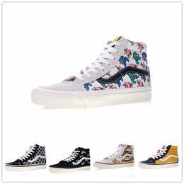 d477985aab Van Shoes Classic Australia - 2018 SK8-Hi Classic vans Old Skool White Black  zapatillas