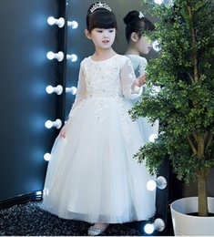 $enCountryForm.capitalKeyWord Australia - White Kids Flower Girl Dress Charming Princess Girls Party Prom Birthday Wedding Bridesmaid Beautiful Children Dress ST114