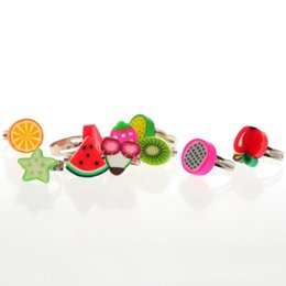 Kids Rings For Fingers UK - Wholesale Mixed Lots Resin Child Polymer Clay Children Fruits Finger Rings Different Style For Kids High Quality
