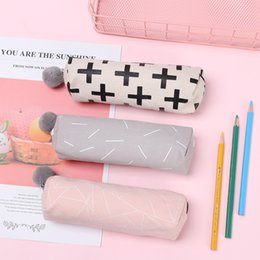 $enCountryForm.capitalKeyWord Australia - 1PC Fashion Plush Ball Pencil Case for Girls Cute Canvas Cosmetic Purse Bag Pen Bag Stationery Pouch Kids Gift Office Supply