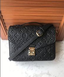 China Styles Fashion Bags 2018 Ladies Handbags Designer Bags Women Tote Bag Luxury Brands Bags Single Shoulder Bag 9493 suppliers