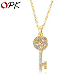 Western Chain Australia - Designer Creative Key Necklace Fashion Micro Set Diamond Clavicle Chain Female Trend Hundred Matching Pendant Western style