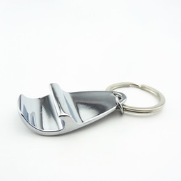 bottle opener rings logo UK - New Arrive Portable Metal Bottle Opener Keychain Silver Color Key Ring Beer Beverage Opener Gift Custom Logo